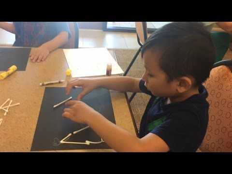Cheap Kids Crafts Ideas: Q-Tips to Make a Drawing