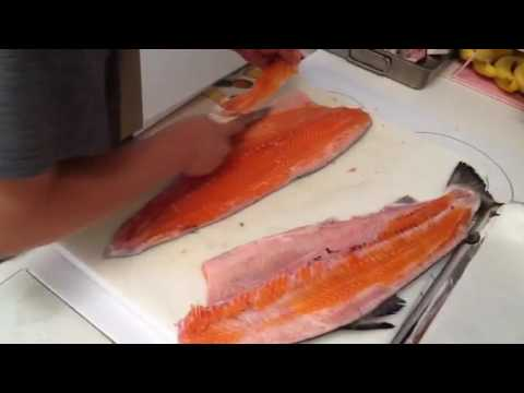 How to cut whole salmon.