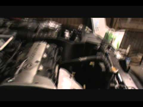 2001-06 Hyundai Elantra timing belt service procedure part 1