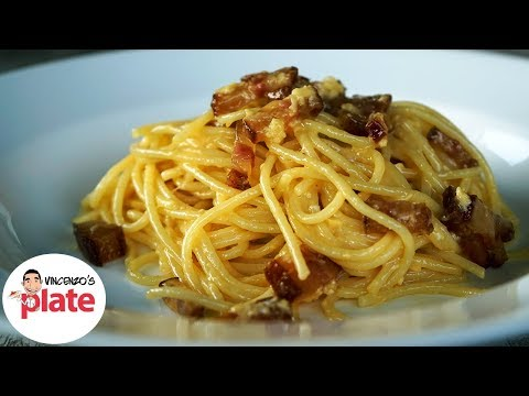 HOW TO MAKE SPAGHETTI CARBONARA | The Authentic Carbonara Recipe | Italian Food Recipes