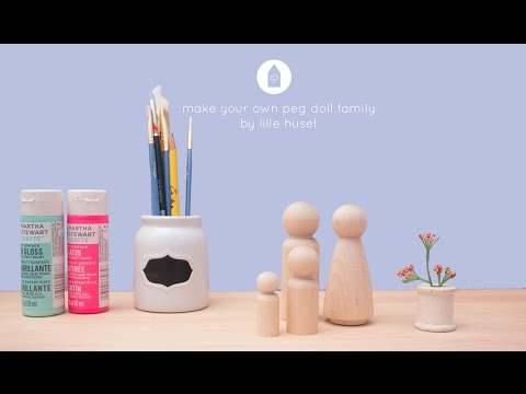 Lille Huset Painting Peg Dolls Series Video 01 - Doll Hair