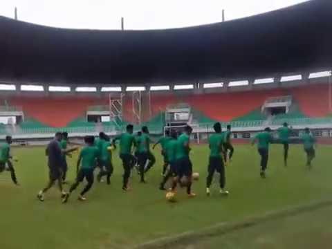 Latihan Timnas Indonesia Menjelang Laga Piala AFF 2016