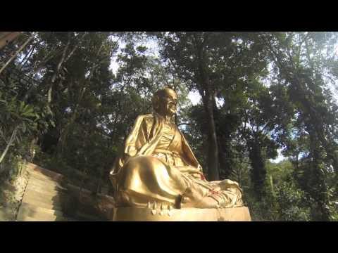 Let's Adventure! Wat Phra That Doi Suthep
