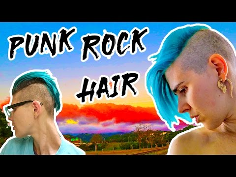 Punk Rock Hairstyle for Short Hair 💈 SideCut Hairstyle for Girls 💈 Undercut with Clippers on Woman