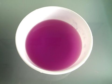 How to make a natural purple food coloring from the magenta leaves | Nước lá cẩm