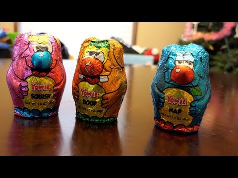 Opening Yowie chocolate surprise egg creatures!