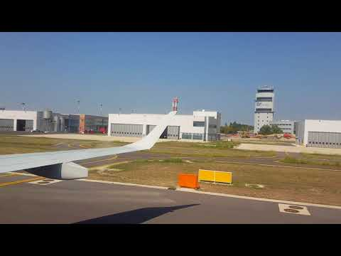 Landing on Marco Polo Airport - Venice (VCE)