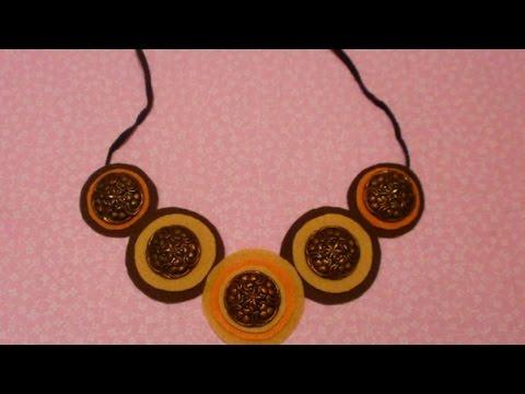 Make a Pretty Decorative Button Necklace - DIY Style - Guidecentral