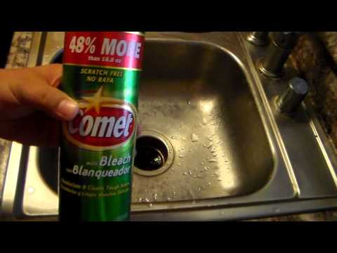 Boring, Scrubbing a Sink using Comet with Bleach.  Video Recorded with Samsung HMX-F90