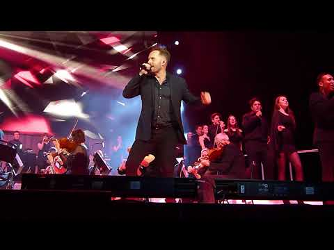 Alfie Boe, Michael Ball & Mountview Choir 'Your The Voice' 02 Arena London 14.12.17 HD