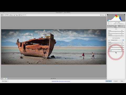 Camera Raw Effects Panel: Adding Grain & Post Crop Vignetting