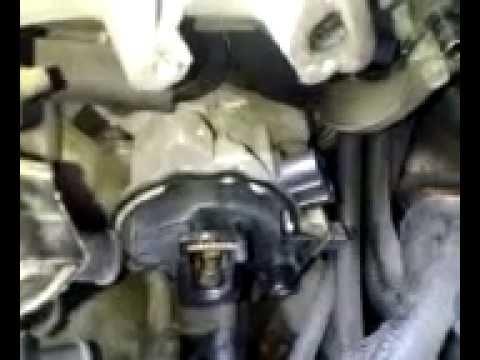 Replacing a Distributor on 2.5 V-6 Dodge Stratus