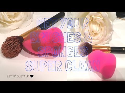 Cleaning Makeup Brush and Beauty Blender for CHEAP