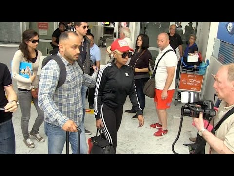 EXCLUSIVE : Mary J Blige arriving in Cannes via Nice airport