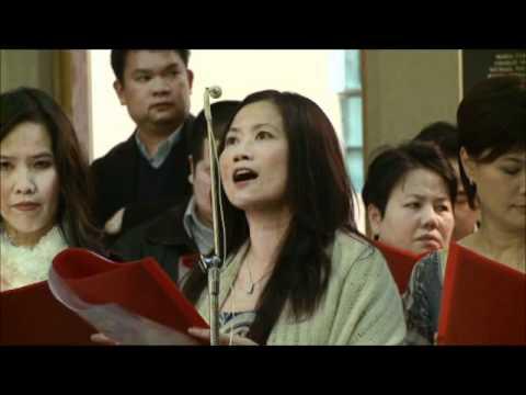 Sr Thuy-Linh's Profession - Nguon Coi Tinh Yeu _ liturgical movements.wmv