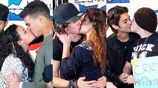 Besos robados a CNCO, pedidas de matrimonio, golpes y mucho más...