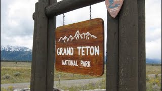 Yellowstone Volcano 100ft Fissure closes of Yellowstone , Grand Teton National Park
