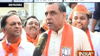 Paresh Rawal confident of BJP's massive win in Gujarat polls