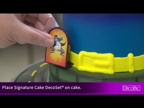 How to Make a Cake with the Batman To The Rescue Signature Cake DecoSet®