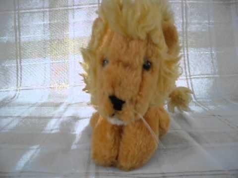 vtg eden toys plush stuffed animal lion mechanical moving head musical animated