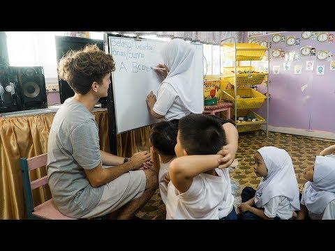Teaching Children in Kuching, Malaysia | GoEco