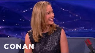 Download Brie Larson Used To Eat Dinner In The Shower Video