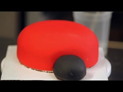 How to Create the Face for Ladybug Cake   Birthday Cakes