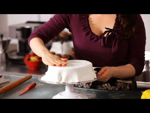 How to Smooth & Cover Cake with Fondant | Cake Decorating