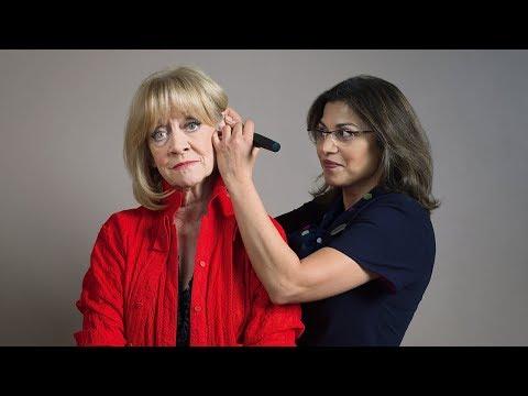Amanda Barrie – Specsavers Hearing