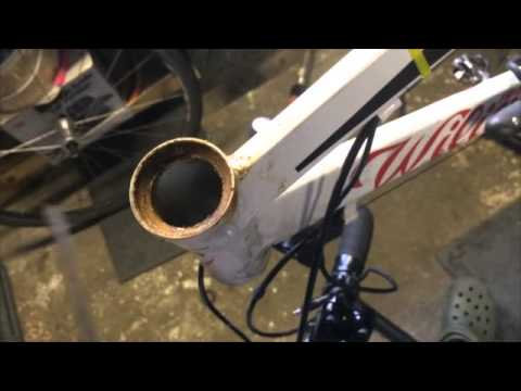 How to repalace an intergrated headset bearing