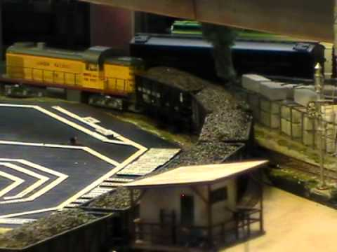 HO Scale: Universal Cleaner Kit Installed On A 50 Ton War Emergency Hopper