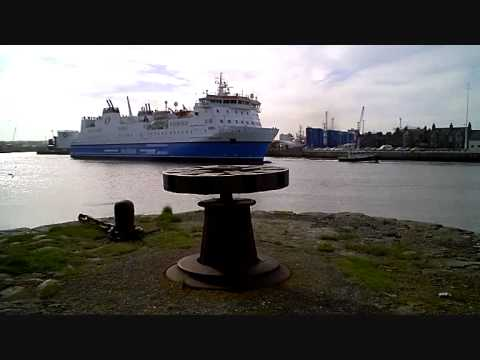 Northlink Ferrie Sailing To Orkney And The Shetland