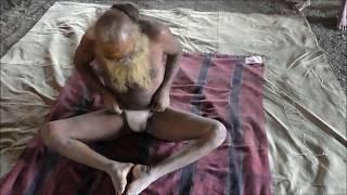 Kumbh mela 102 yrs sadhu doing yoga  do watch