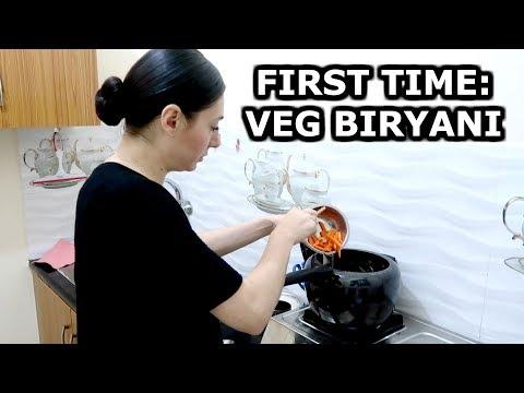 FIRST INDIAN FOOD EP. 5: QUICK VEGETABLE BIRYANI - VEG BIRYANI IN PRESSURE COOKER | TRAVEL VLOG IV
