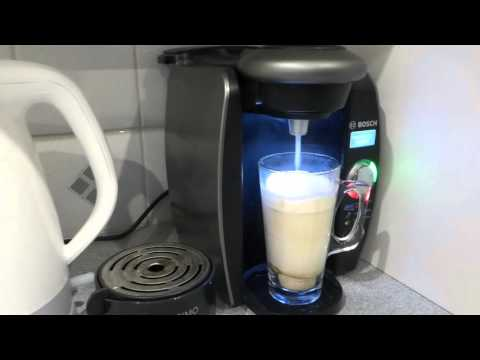 How to make a mocha coffee in a Bosch coffee maker using a cheap instant powder