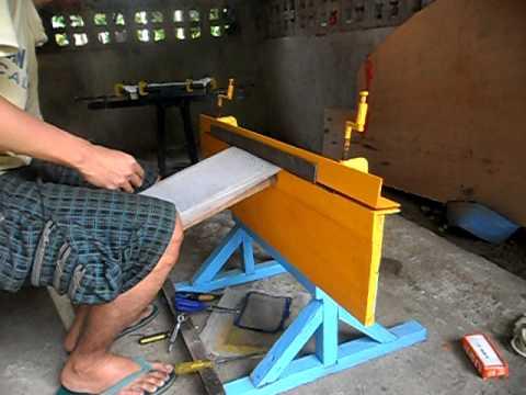 homemade silkscreen stretcher
