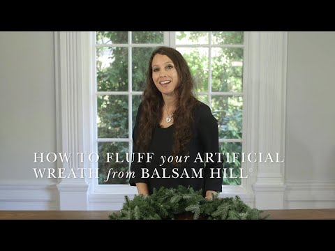 How to Shape an Artificial Wreath from Balsam Hill™
