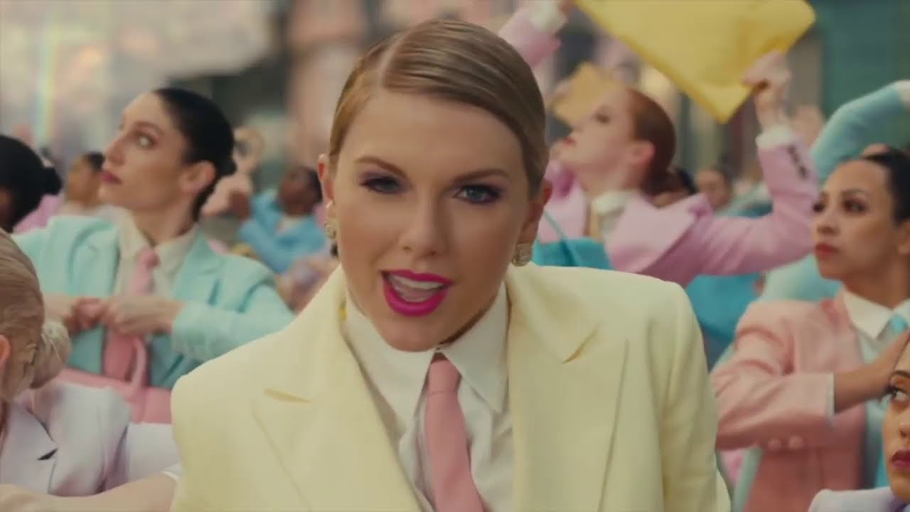 Every Taylor Swift Video but it's just the titles (Updated Jan2021)