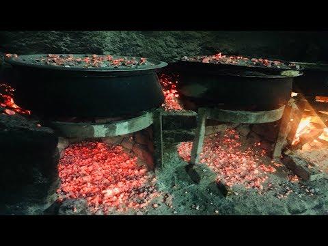 The Making Of Hyderabadi Chicken And Mutton Biryani - Shahran Hotel (Hyderabad)