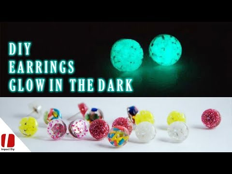 Glowing Jewelry Tutorial - How To Make Epoxy Resin Jewelry Glow In The Dark