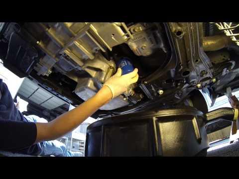 How to change oil on a 2007-2011 Honda CR-V