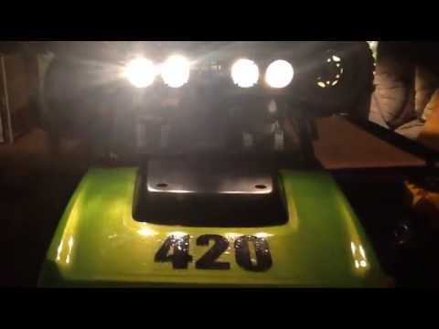 Axial SCX10™ / How to Install LED Lights using a 9 volt battery