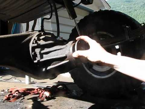 How-To: 1994 Toyota 4Runner Rear Pinion Seal