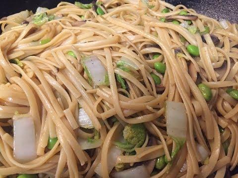 Tasty Vegetable Lo Mein