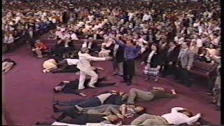 Benny Hinn Philadelphia Miracle Crusade, Aug  6, 2010 ENTIRE