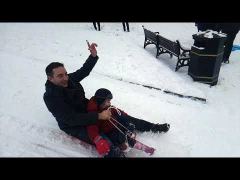 Snow & Sledging in Buxton, December 2017