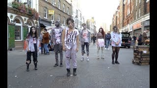 Terrifying Zombie Flash Mob in London