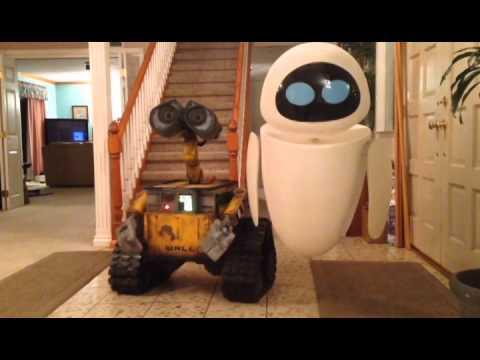 Mike Senna's Eve Robot