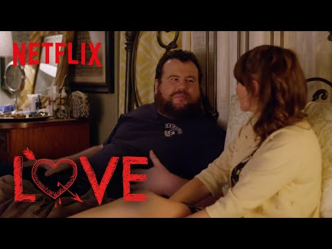 Love | Behind the Scenes: Mitch Has a Crush on Claudia | Netflix
