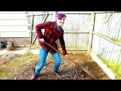 BACKYARD SPRING CLEANUP!